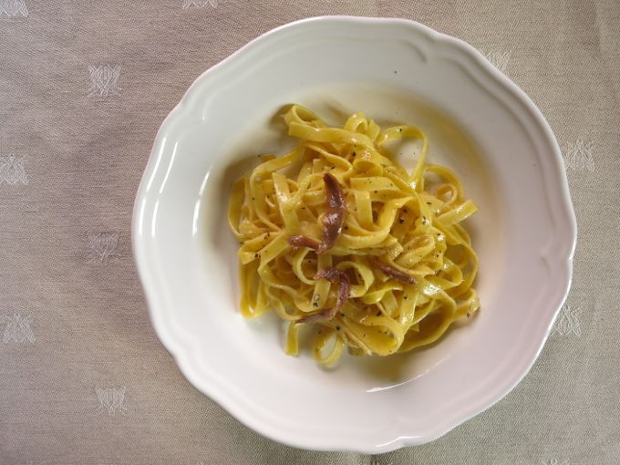 pasta with anchovies and butter