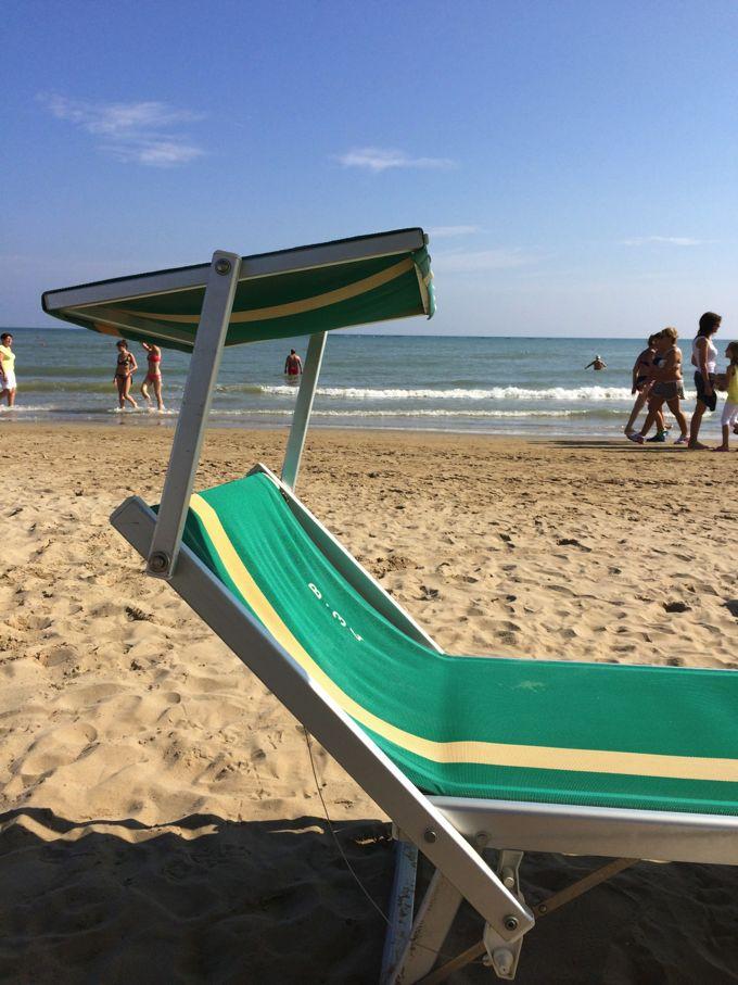 The Beach, Rimini, http://www.elizabethminchilli.com/