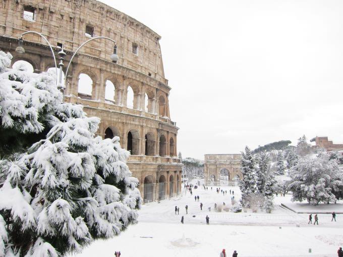 Snow in Rome, Elizabeth Minchilli